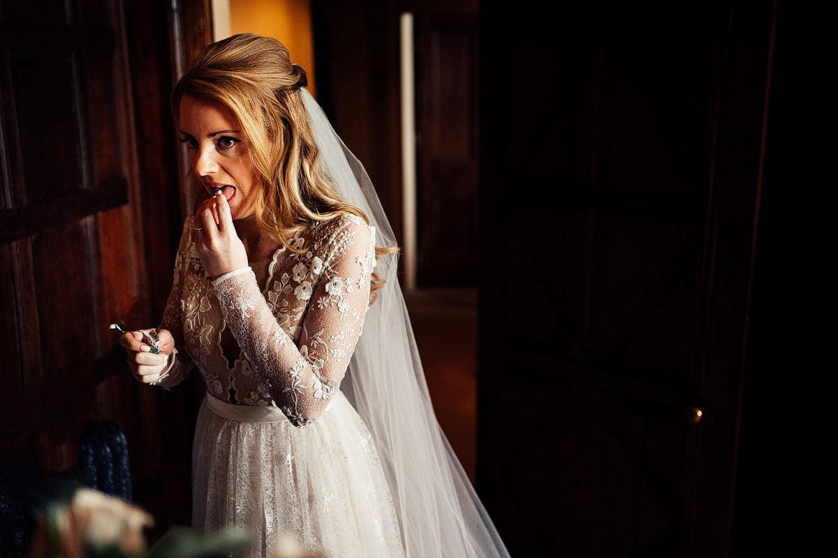 kent wedding photography, creative and fun documentary photography.